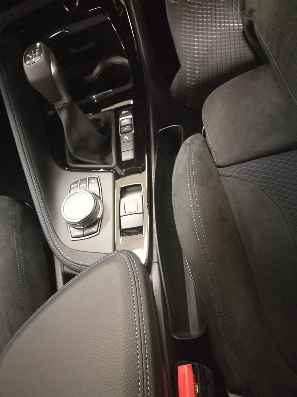スマートポケット BMW X1 18I M-SPORTS